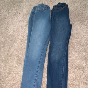 Children's place super straight jeans (2 pairs)